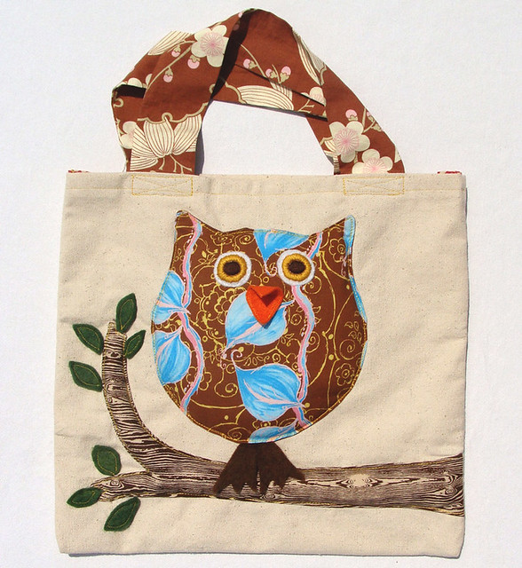 Tote Bag with Owl Design